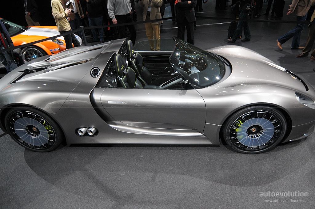 2010 geneva auto show porsche 918 spyder concept full. Black Bedroom Furniture Sets. Home Design Ideas