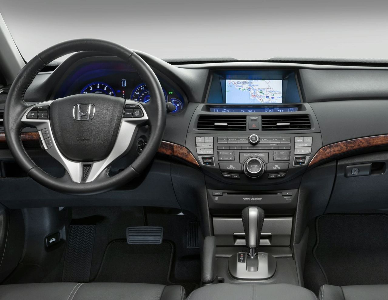 2010 Honda Crosstour Interior Pics Revealed Autoevolution