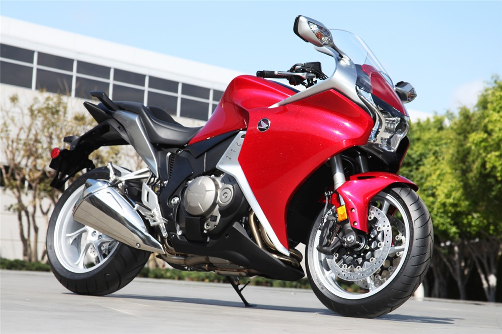 2010 Honda Vfr1200f Full Specs And Photo Gallery