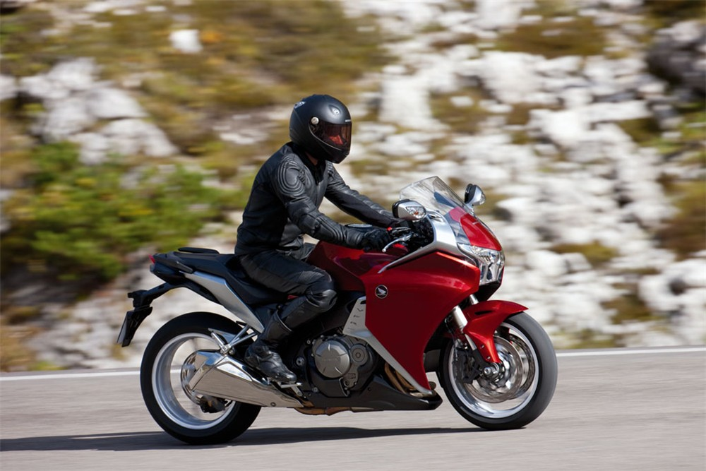 2010 honda vfr1200f full specs and photo gallery autoevolution sciox Images
