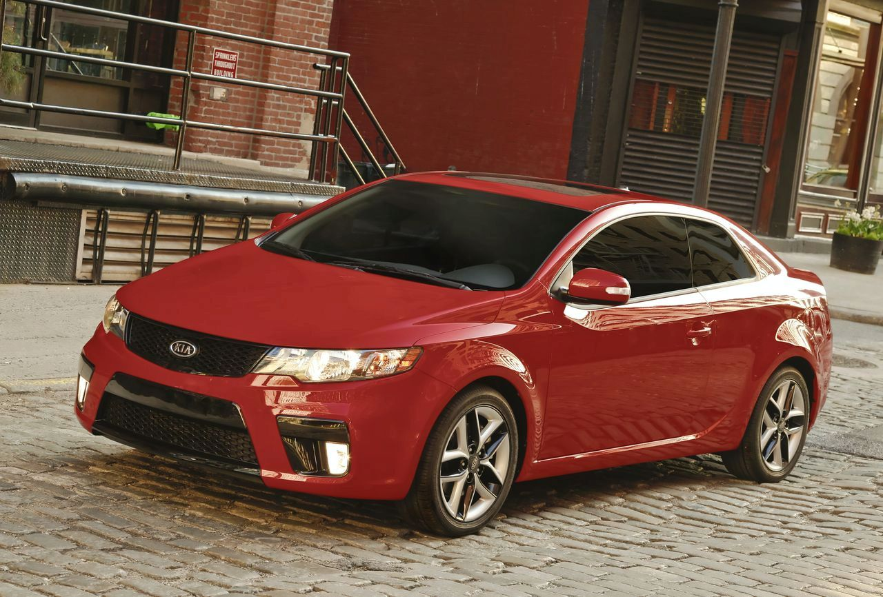 2010 Kia Forte Koup Launched In New York Autoevolution