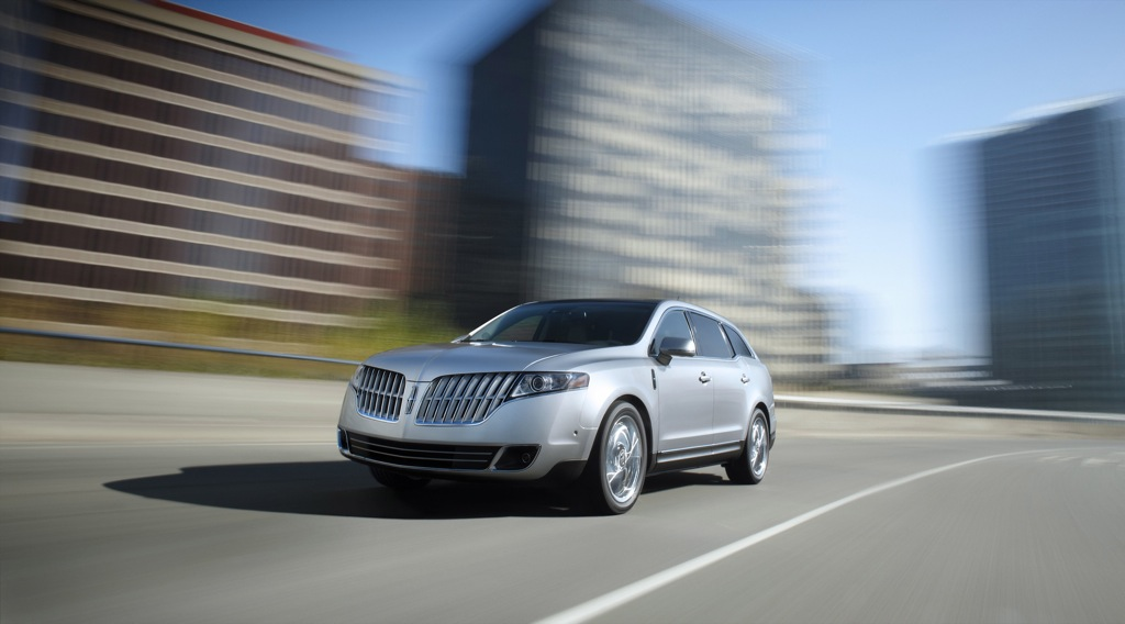 2010 lincoln mkt enters luxury crossover segment at detroit autoevolution. Black Bedroom Furniture Sets. Home Design Ideas