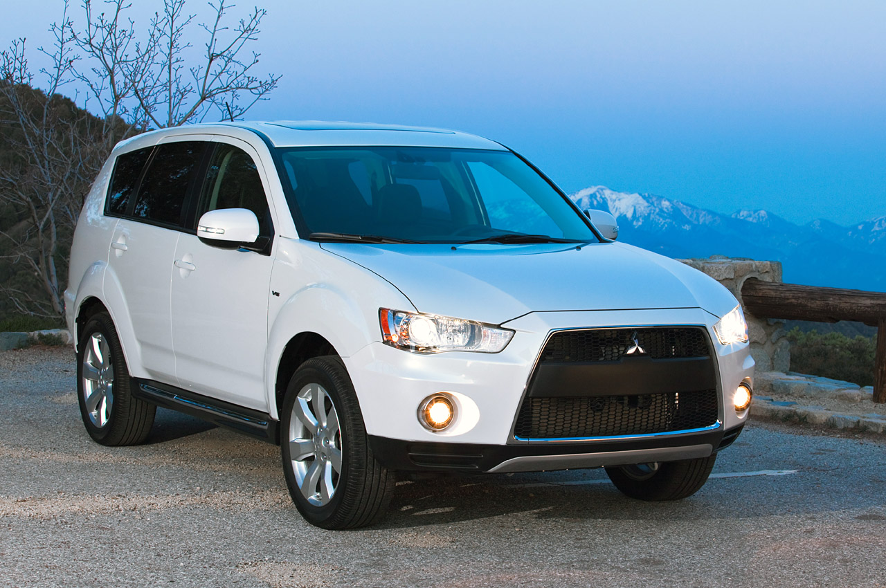 2010 mitsubishi outlander gt update photo gallery. Black Bedroom Furniture Sets. Home Design Ideas