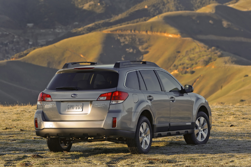 2010 subaru outback unveiled autoevolution. Black Bedroom Furniture Sets. Home Design Ideas