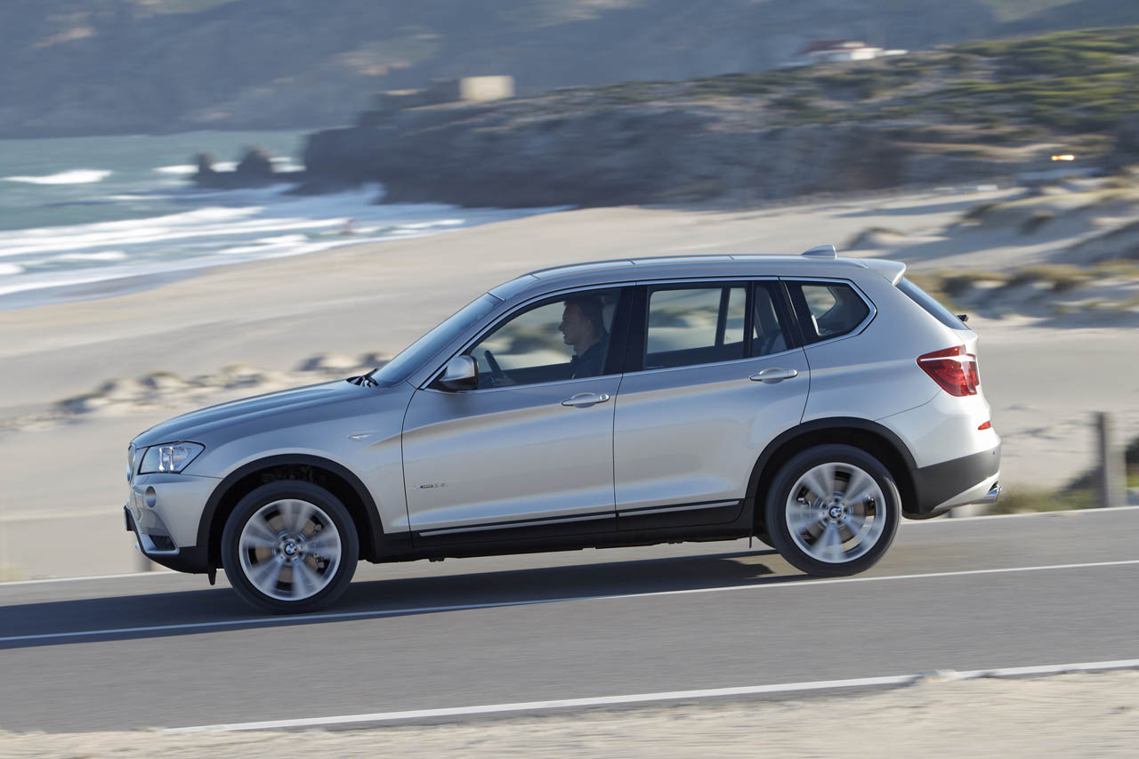 bmw recalls 2011 x3 due to power steering issues autoevolution. Black Bedroom Furniture Sets. Home Design Ideas