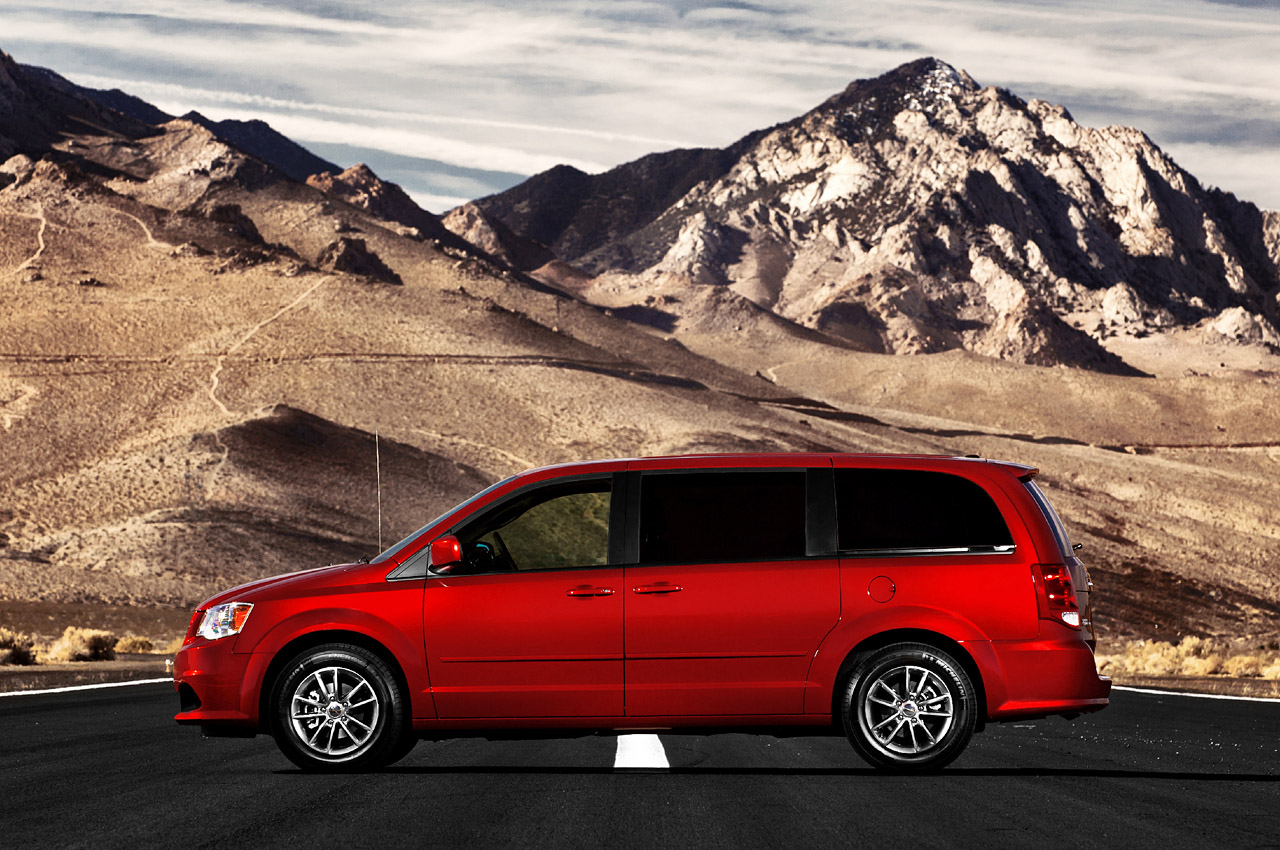 2011 Dodge Grand Caravan R T Unveiled Autoevolution