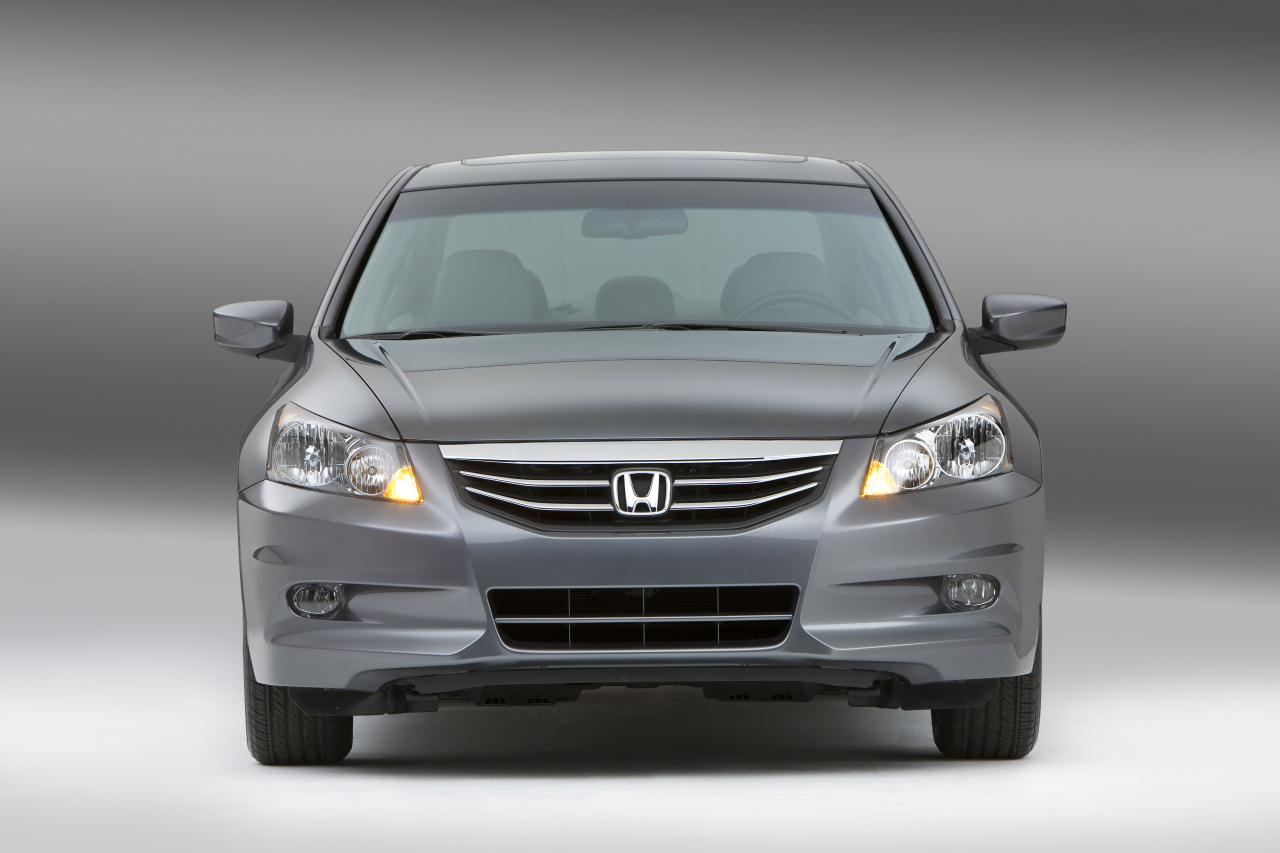 Cf C C B additionally Honda Civic Si in addition Honda Civic Sedan V together with N furthermore Maxresdefault. on 2011 honda civic sedan