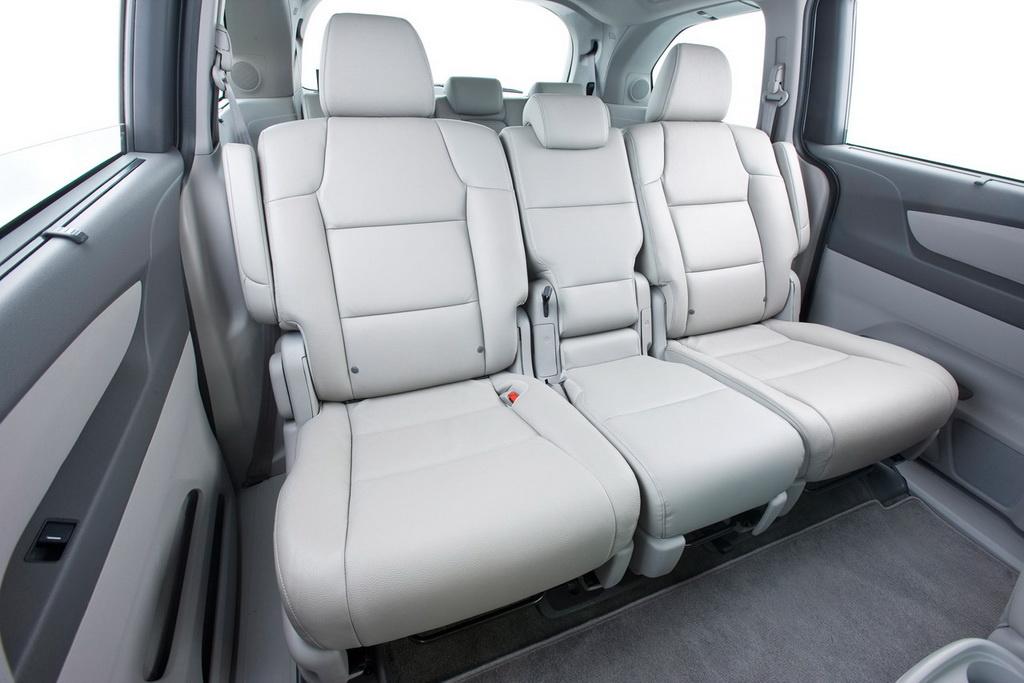 2011 honda odyssey touring elite unveiled autoevolution for Honda odyssey seating