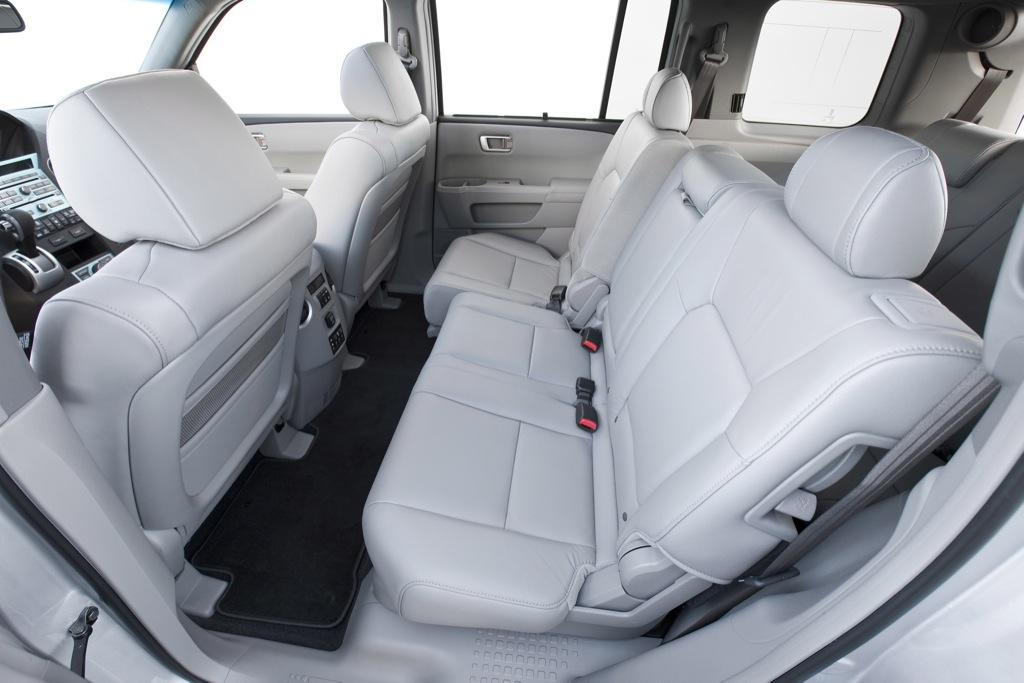2011 Honda Pilot Touring Unveiled