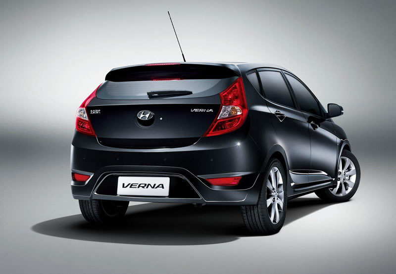 2011 hyundai accent verna hatchback unveiled in china. Black Bedroom Furniture Sets. Home Design Ideas