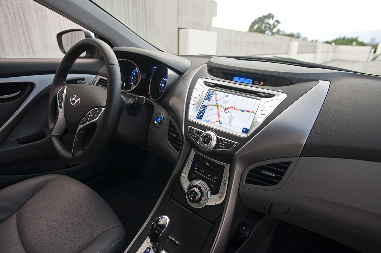 2011 Hyundai Elantra Revealed Autoevolution