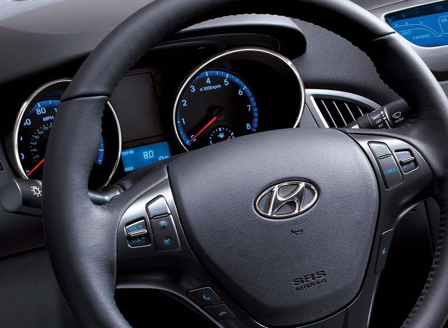 2011 hyundai genesis coupe gets 3 8 r spec model. Black Bedroom Furniture Sets. Home Design Ideas
