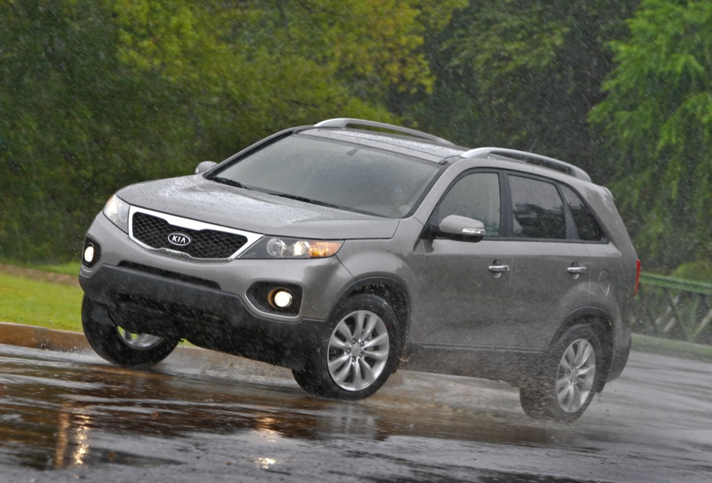 2011 kia sorento cuv sees daylight in la autoevolution. Black Bedroom Furniture Sets. Home Design Ideas