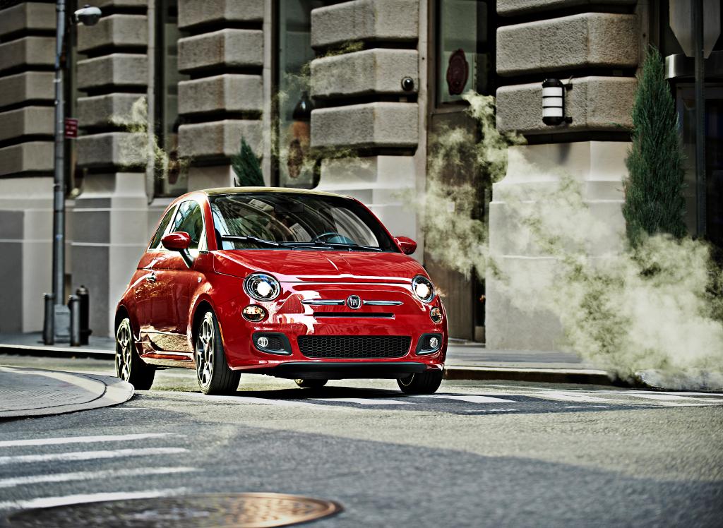 2011 NAIAS: 2012 Fiat 500