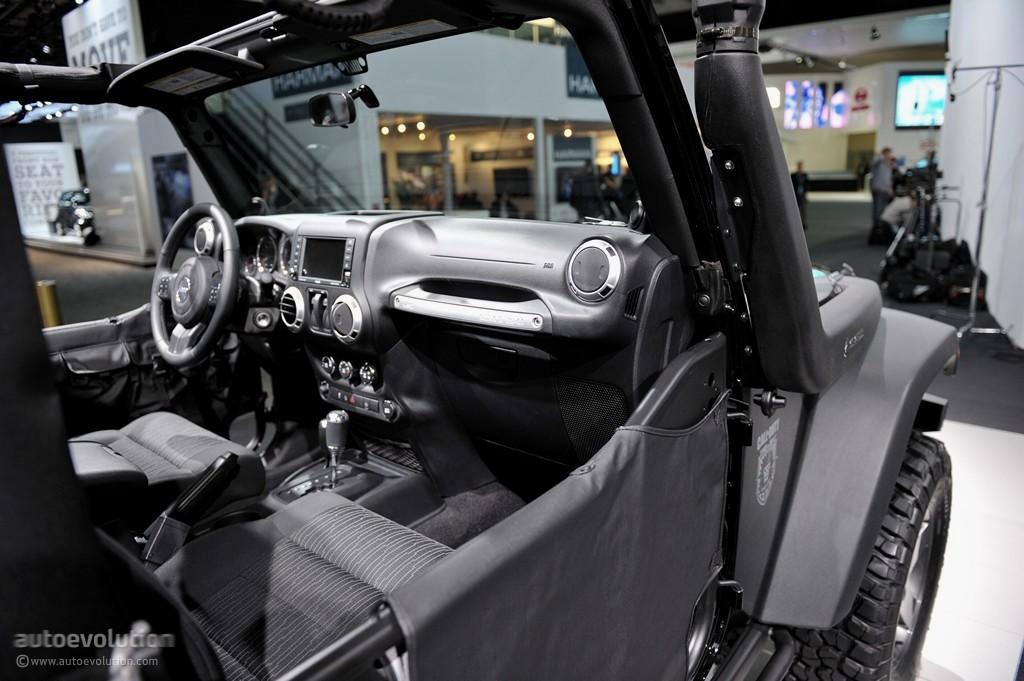 2011 NAIAS: Jeep Wrangler Call of Duty Black Ops Edition [Live Photos] - autoevolution