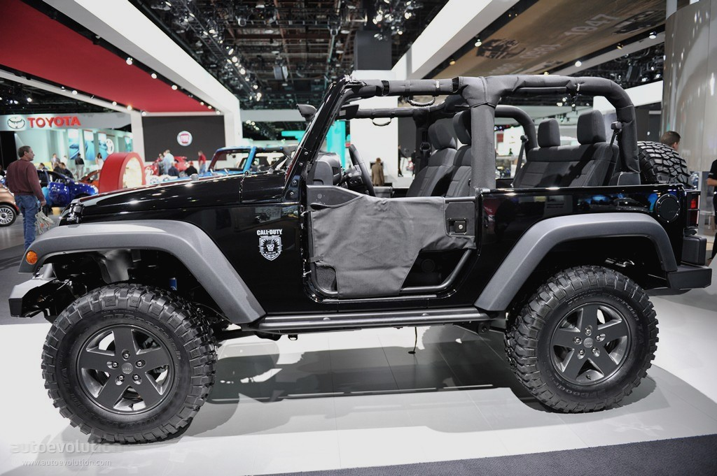 2011 NAIAS: Jeep Wrangler Call of Duty Black Ops Edition [Live ...