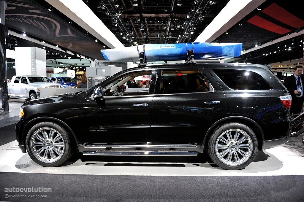"2011 NAIAS: Mopar Dodge Durango Citadel ""Black & Tan"" [Live Photos] - autoevolution"