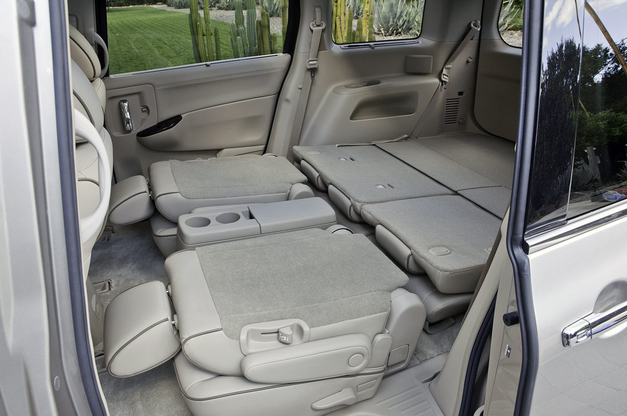 2011 Nissan Quest Unveiled in LA - autoevolution
