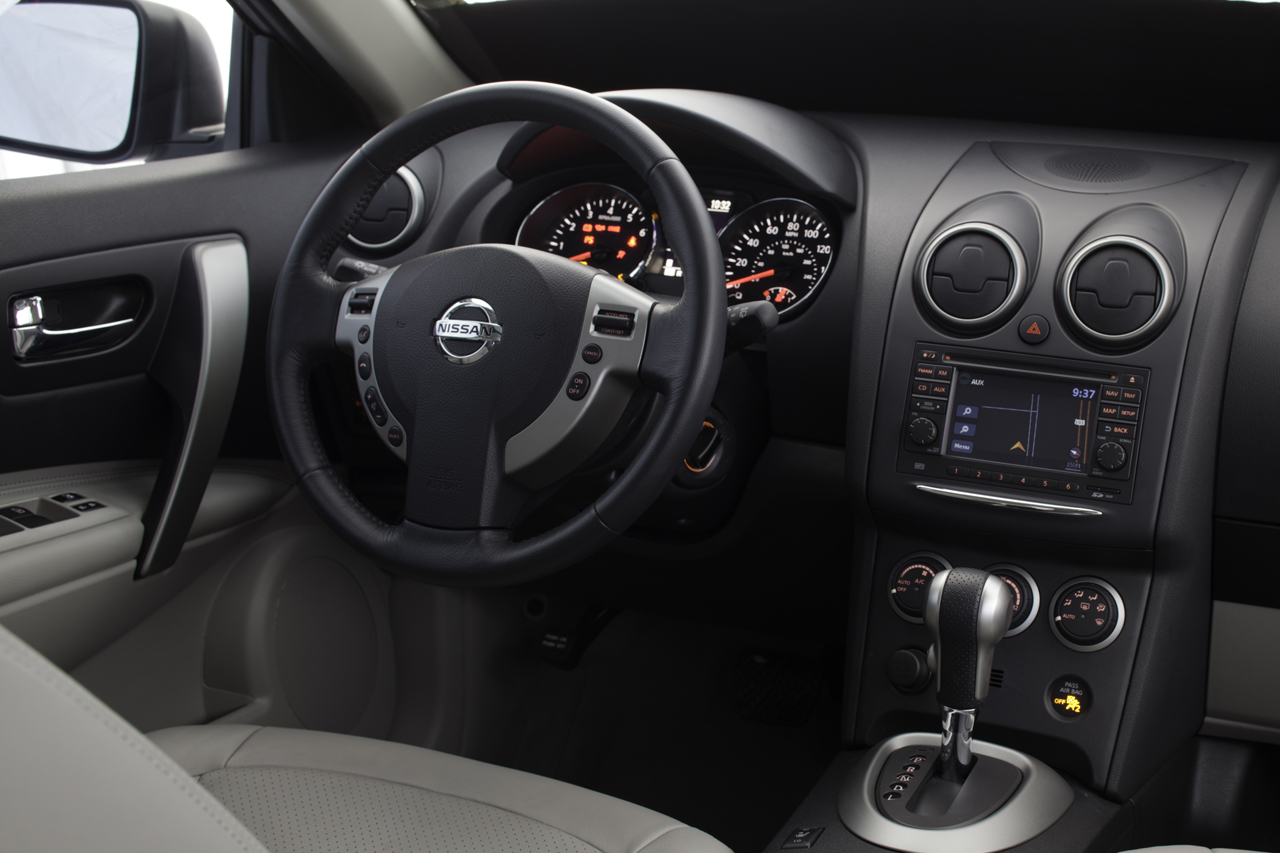 2011 Nissan Rogue Presented - autoevolution