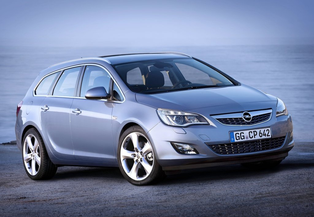 2011 opel astra sports tourer official details and photos autoevolution. Black Bedroom Furniture Sets. Home Design Ideas