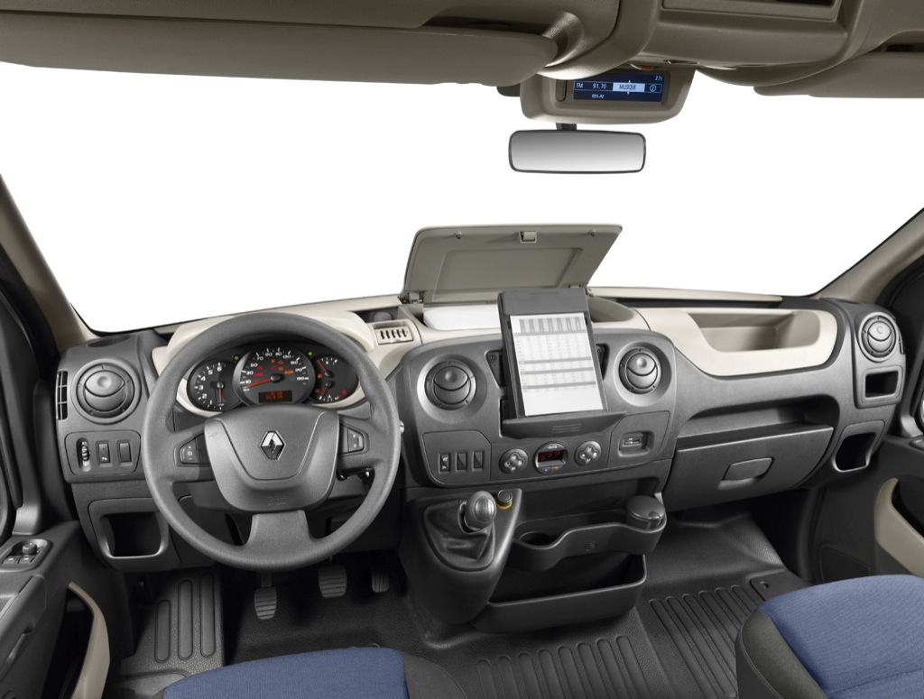 2011 renault master officially revealed autoevolution Interieur clio 4