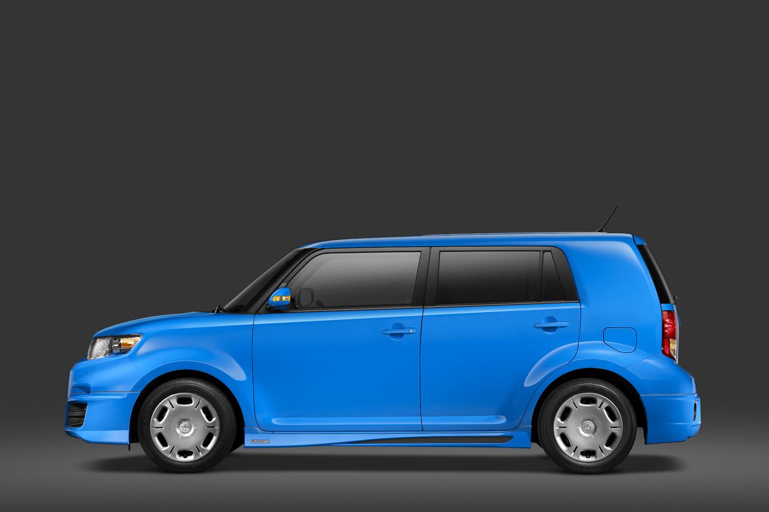 2011 Scion Xb Rs 8 0 Brought To 2010 La Auto Show