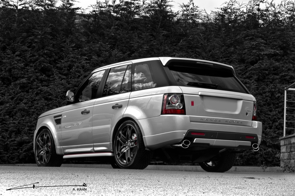https://s1.cdn.autoevolution.com/images/news/gallery/2011-silver-range-rover-autobiography-by-project-kahn_2.jpg