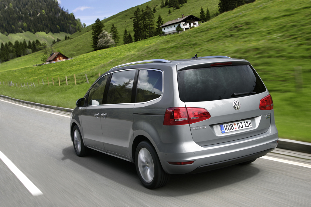 2011 VW Sharan, World's Most Fuel Efficient MPV [Pics ...