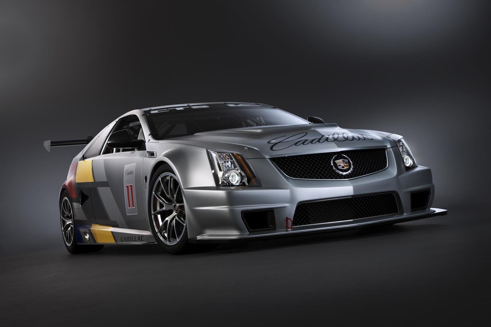 2011 cts v coupe racecar first official images released autoevolution. Black Bedroom Furniture Sets. Home Design Ideas