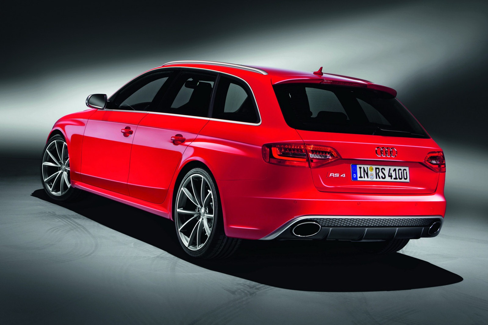 2012 audi rs4 avant specs and photos autoevolution. Black Bedroom Furniture Sets. Home Design Ideas