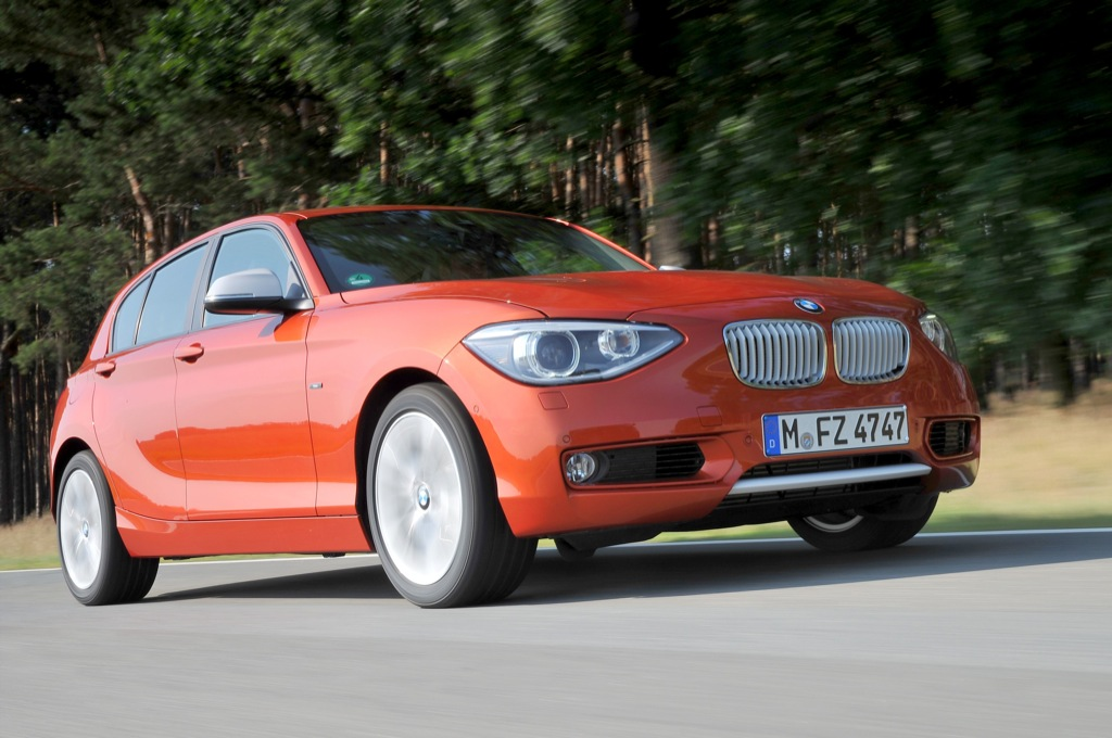 2012 bmw 1 series urban line in depth gallery autoevolution. Black Bedroom Furniture Sets. Home Design Ideas
