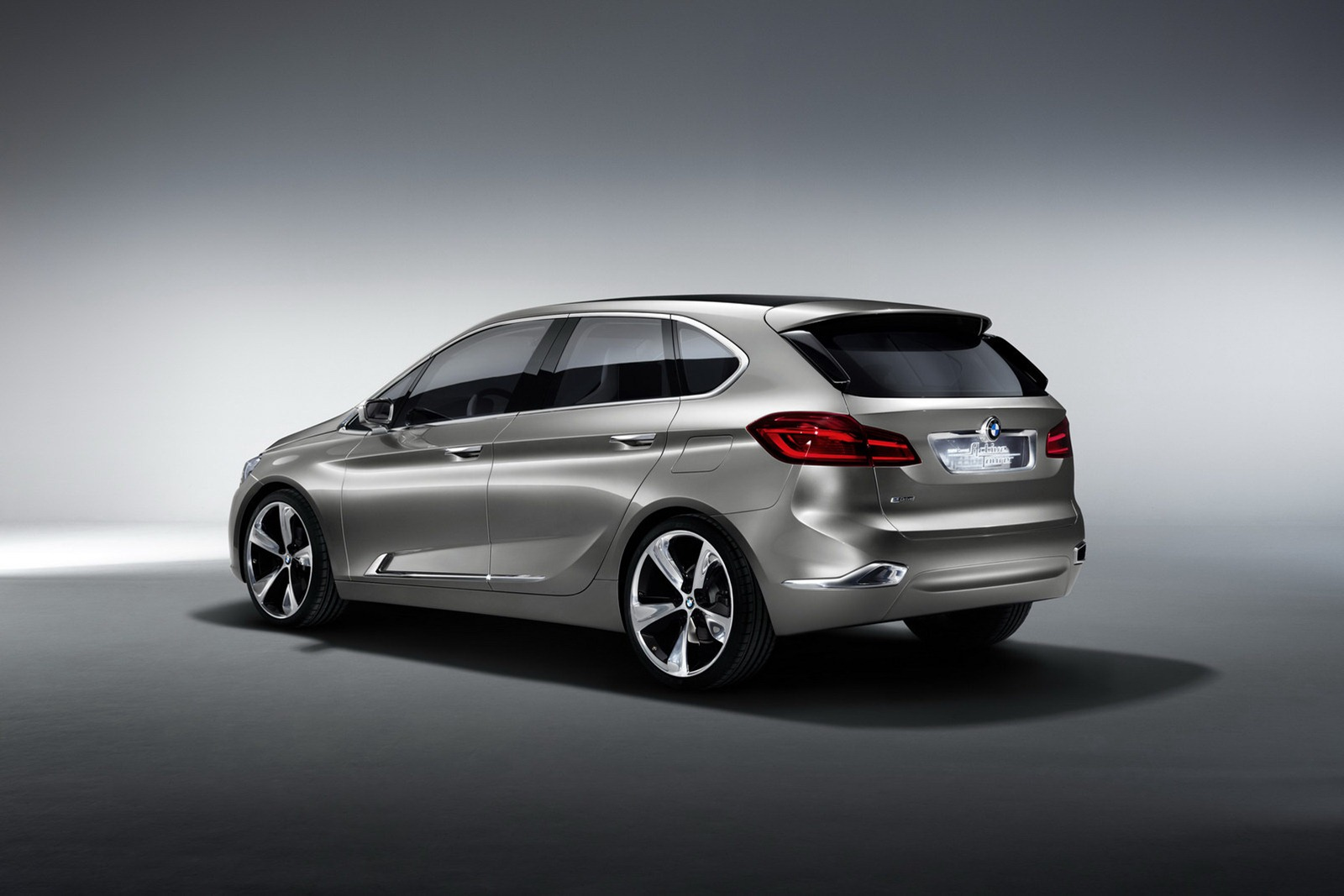 2012 bmw active tourer concept revealed previews 1er gt autoevolution. Black Bedroom Furniture Sets. Home Design Ideas