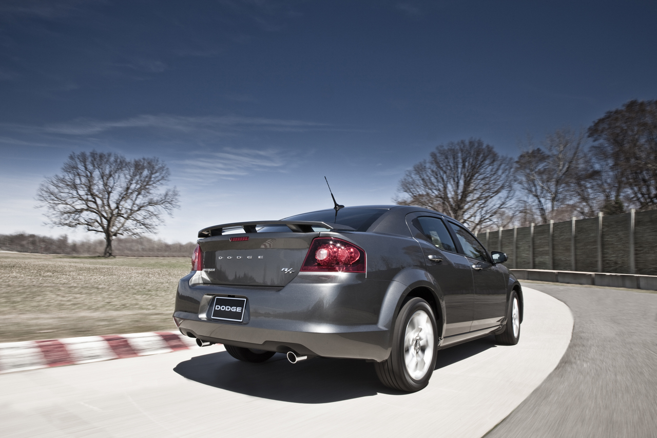 2012 Dodge Avenger R/T Ready for NYIAS - autoevolution