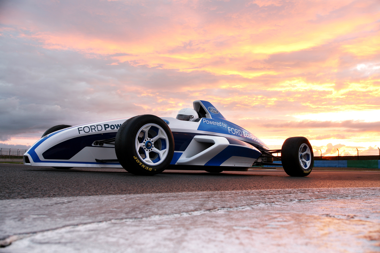 ... 2012 Formula Ford Race Car ... & 2012 Formula Ford Race Car Starts Its Engine in Frankfurt ... markmcfarlin.com