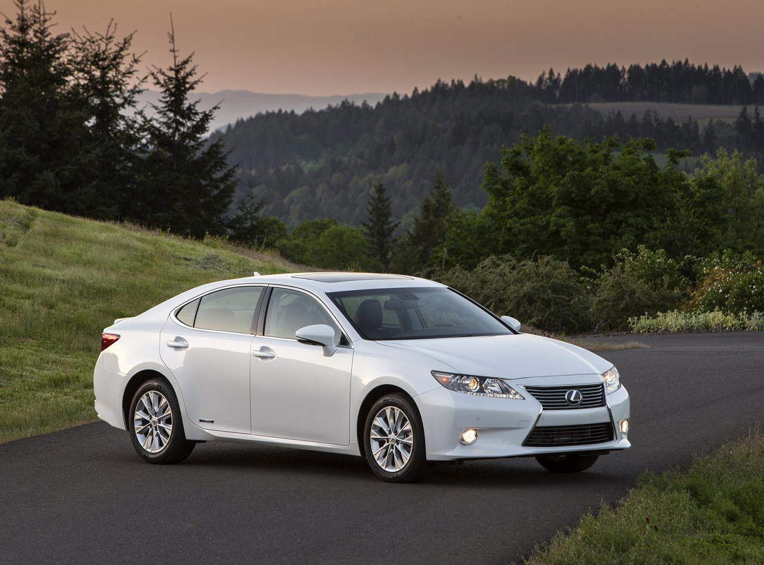 2012 lexus es 350 and 300h to be sold in australia autoevolution. Black Bedroom Furniture Sets. Home Design Ideas