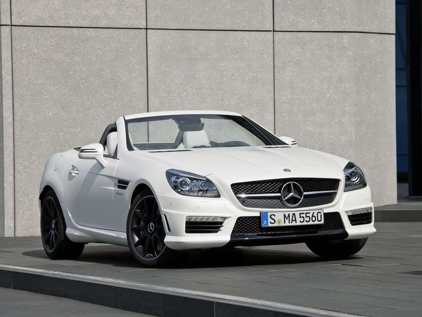 2012 mercedes benz slk 55 amg officially unveiled. Black Bedroom Furniture Sets. Home Design Ideas