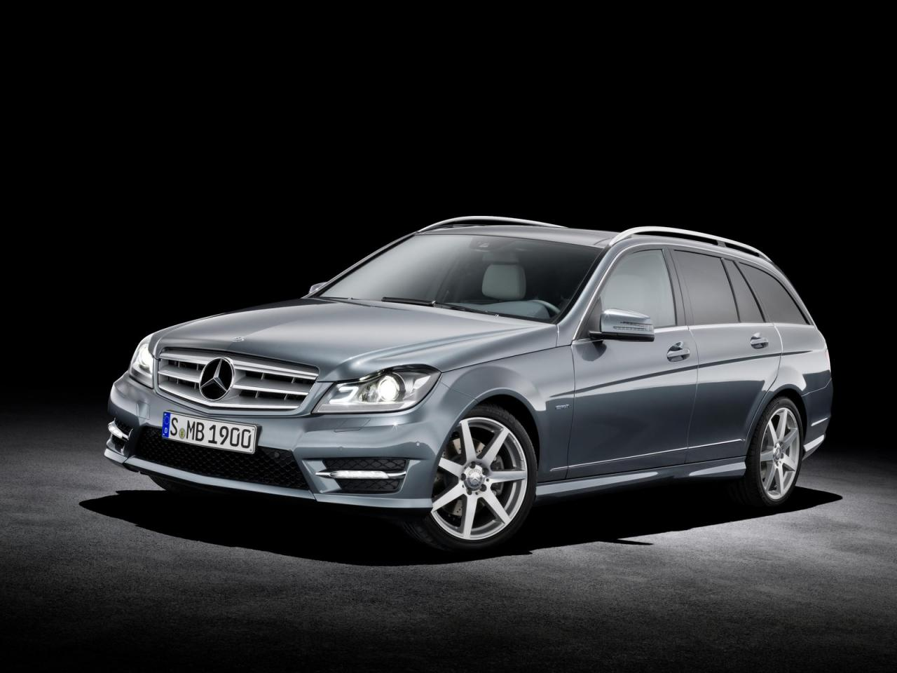 2012 mercedes c klasse facelift is here autoevolution. Black Bedroom Furniture Sets. Home Design Ideas