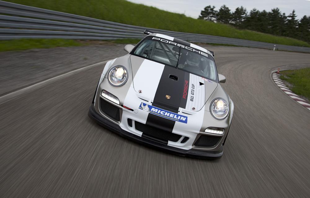 2012 Porsche 911 Gt3 Cup Race Car Gets Extended Motorsport