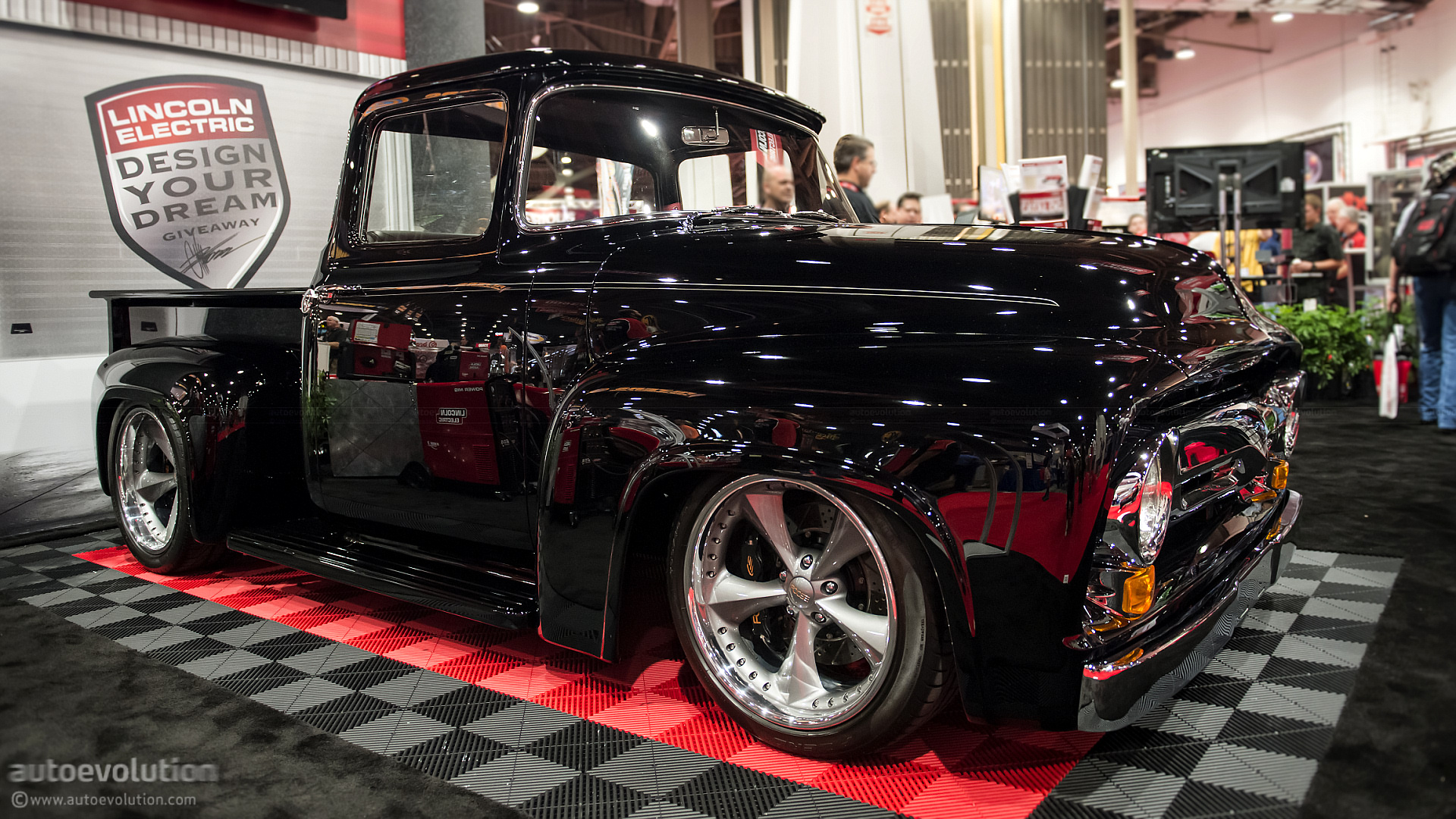 2015 Mustang For Sale >> 2012 SEMA: Chip Foose's Own 1956 Ford F-100 - autoevolution