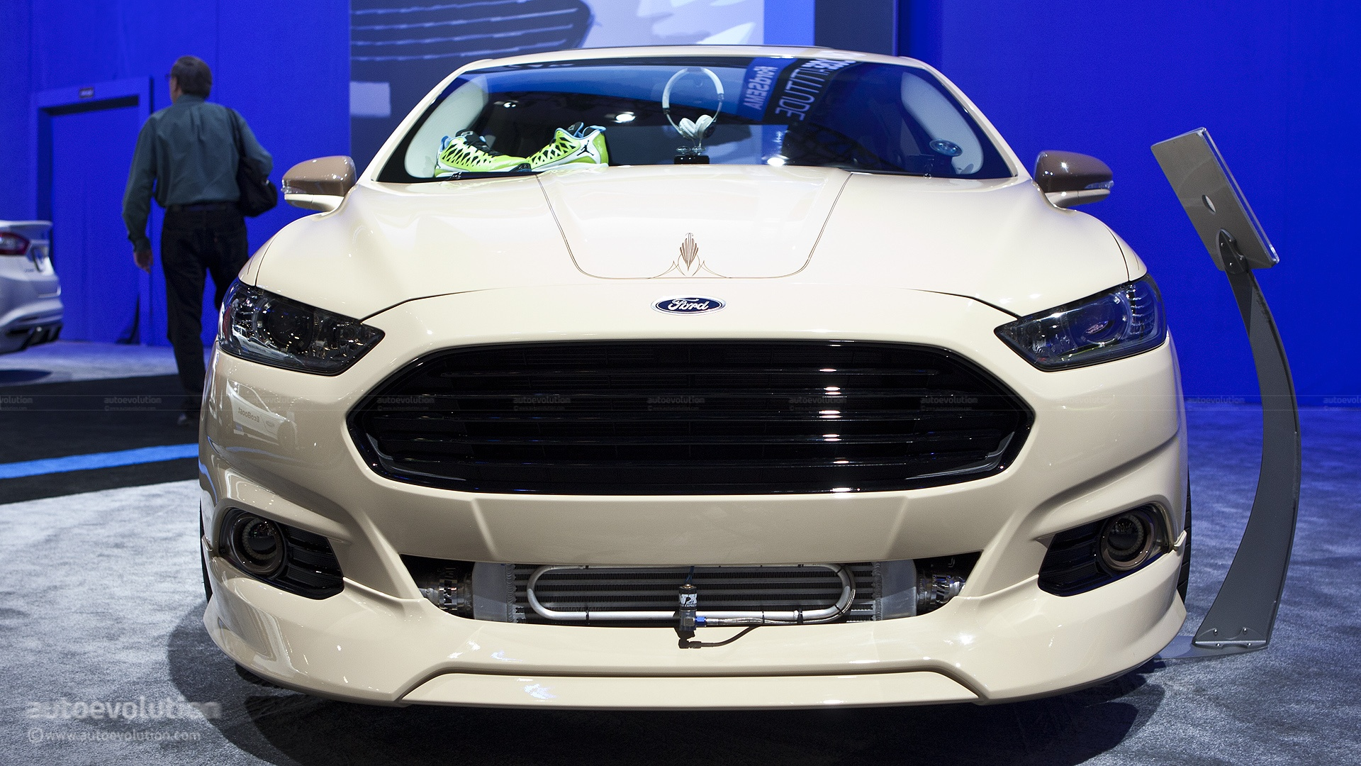 Ford Fusion Turbo >> 2012 SEMA: Ford Fusion Tjin Edition [Live Photos] - autoevolution