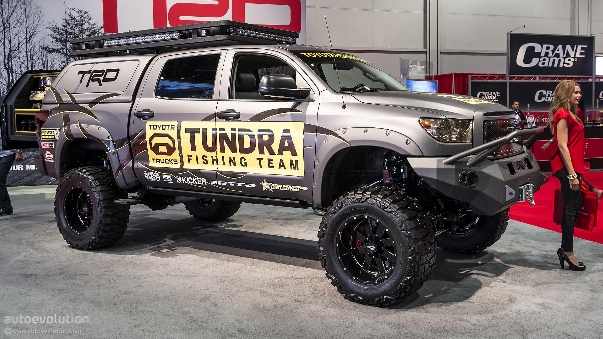 2012 Sema Toyota Ultimate Fishing Tundra Live Photos