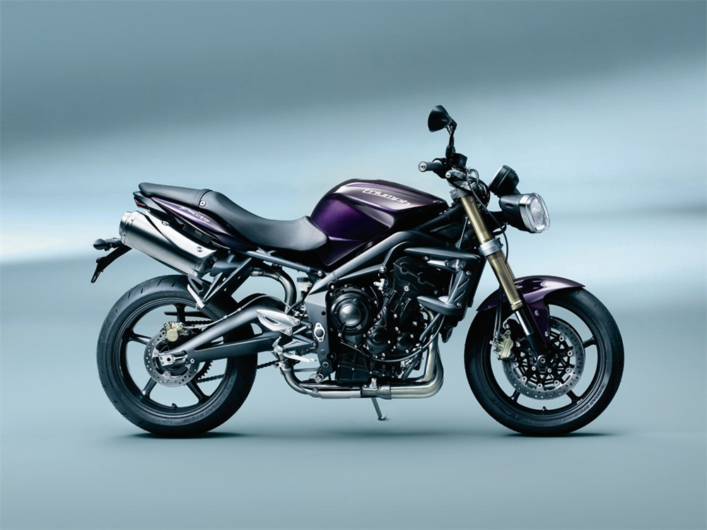 2012 triumph street triple shows its face autoevolution. Black Bedroom Furniture Sets. Home Design Ideas