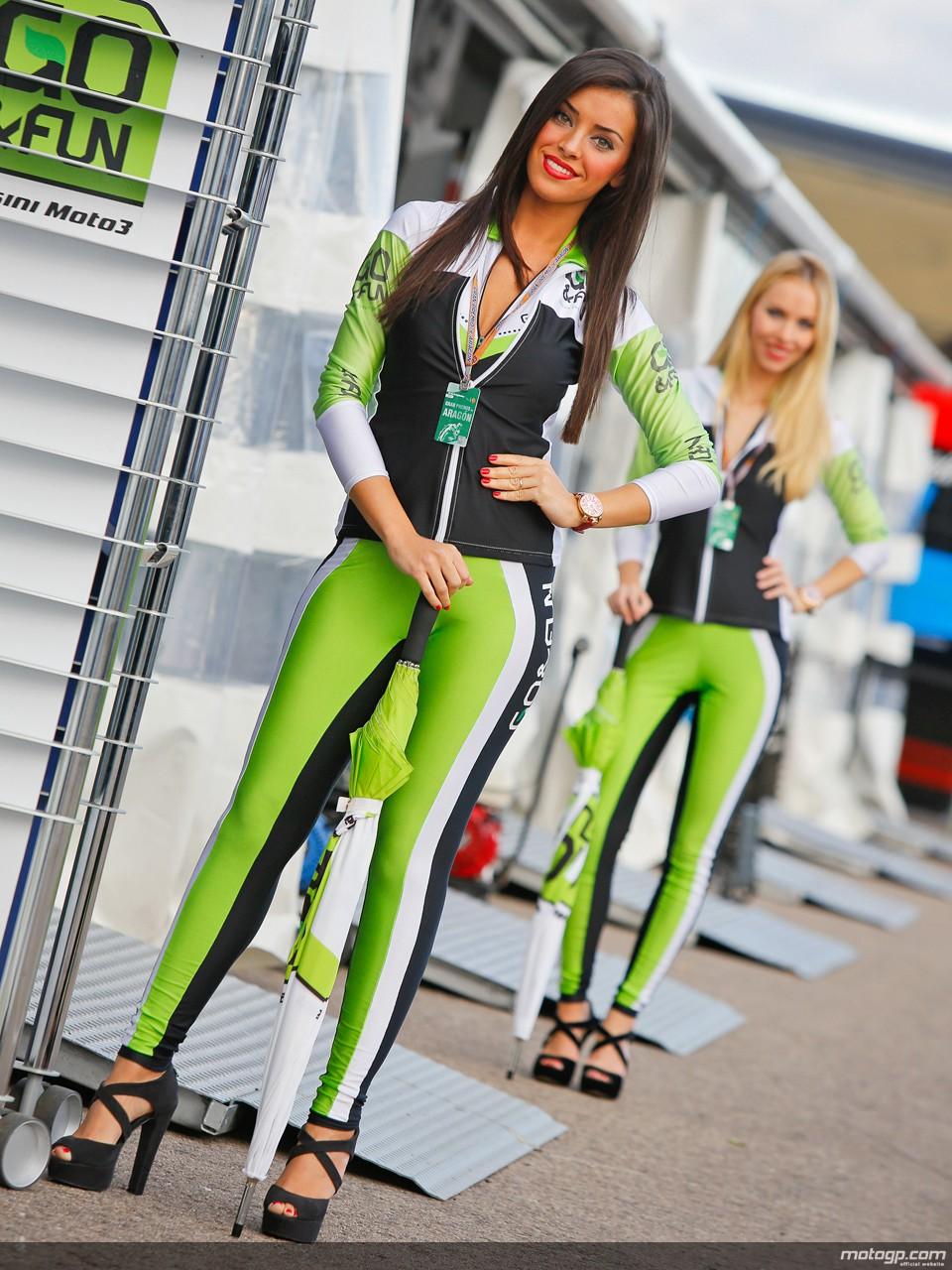 2013 Aragon Paddock Girls Autoevolution