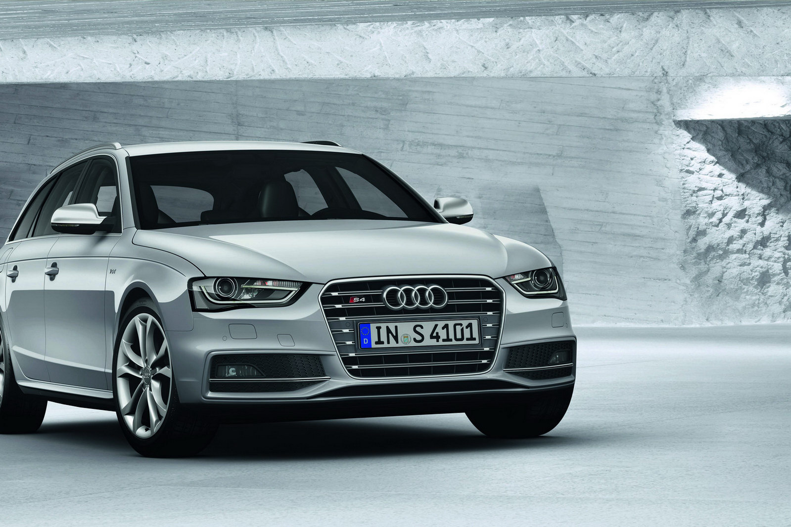 2013 Audi A4 Facelift Revealed Autoevolution