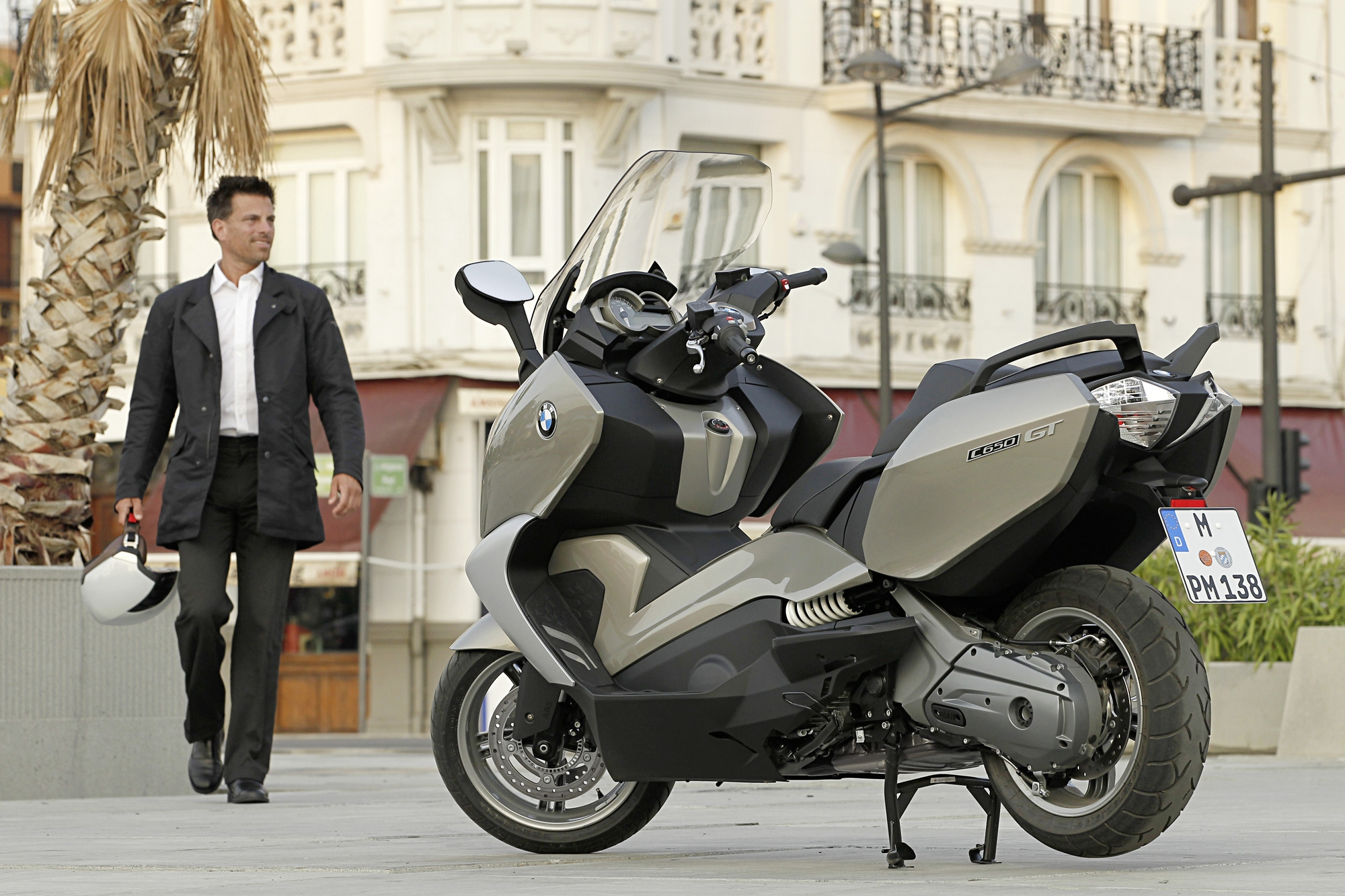 2013 Bmw C650gt The Premium Maxi Scooter Autoevolution