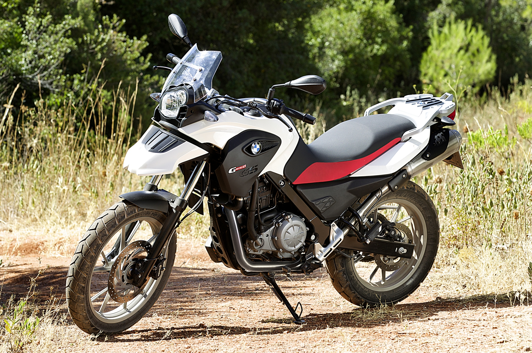2013 bmw g650gs the middleweight touring thumper. Black Bedroom Furniture Sets. Home Design Ideas