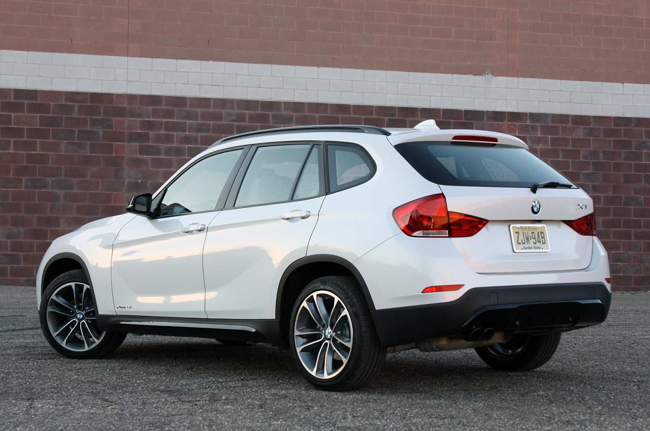 2013 Bmw X1 Review By Autoblog Autoevolution