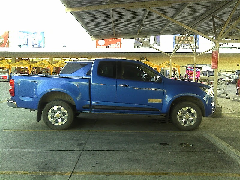 2013 Chevrolet Colorado Pickup Spotted Undisguised Autoevolution
