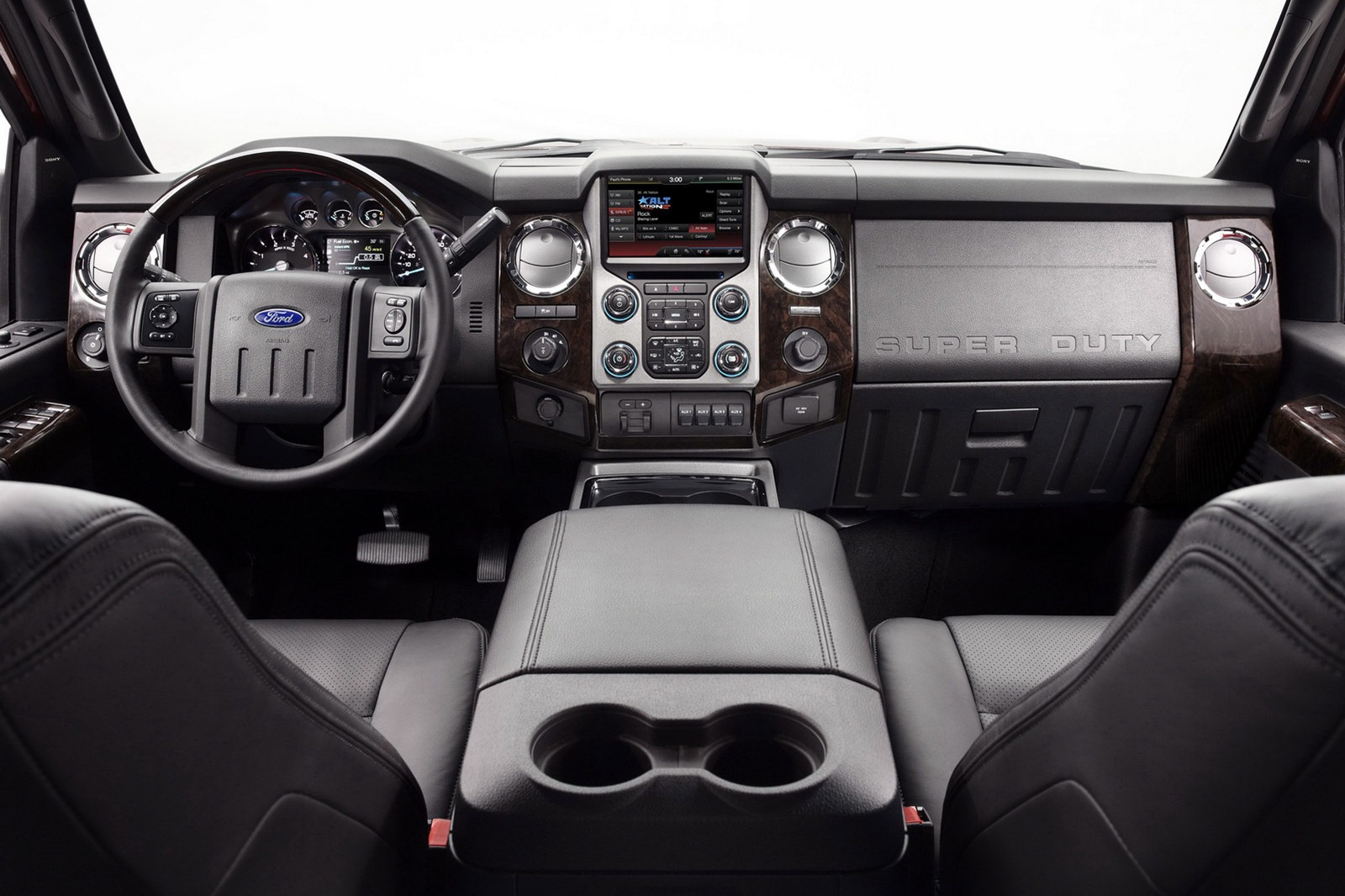 2013 ford f series super duty launched with platinum model. Black Bedroom Furniture Sets. Home Design Ideas