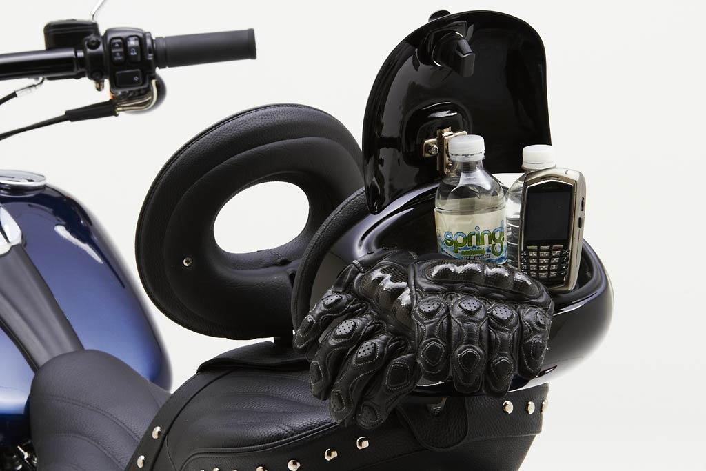 2013 Harley Davidson Breakout Gets Corbin Seats